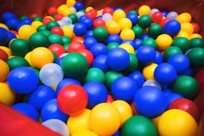 Many color plastic balls