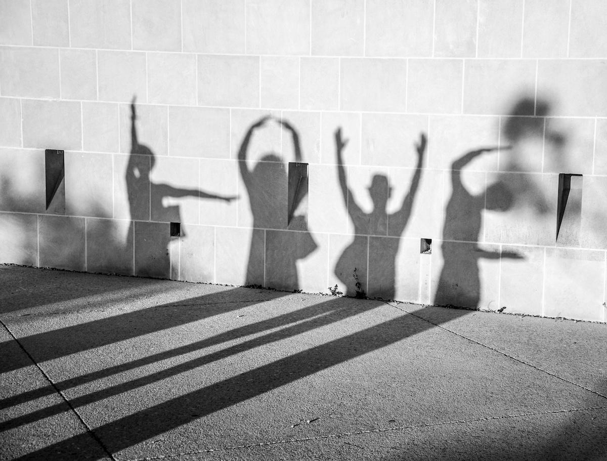 love shadow on wall