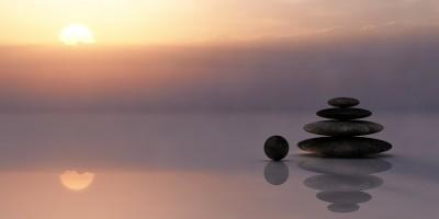 rocks balancing on the beach