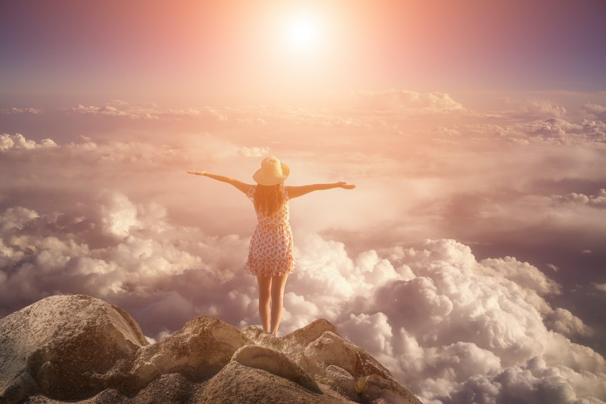 woman learning how manifesting works